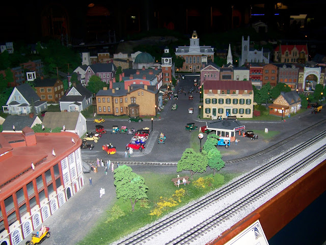 Miniature Railroad and Village. A Guide to Exploring the Carnegie Science Center