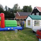 Voorbereidingen dorpsfeest 2007 (9).JPG