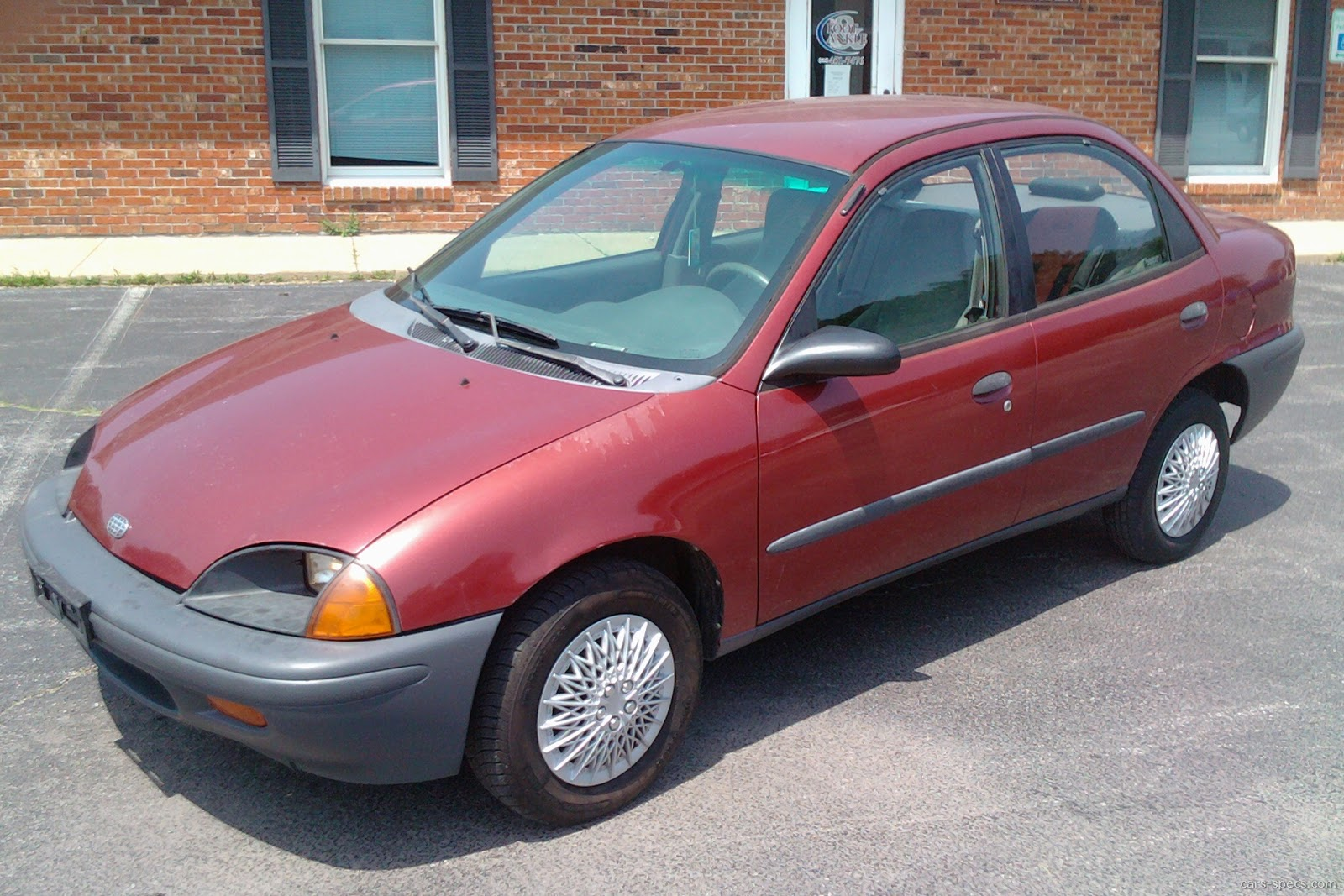 1995 Geo Metro Hatchback Specifications, Pictures, Prices