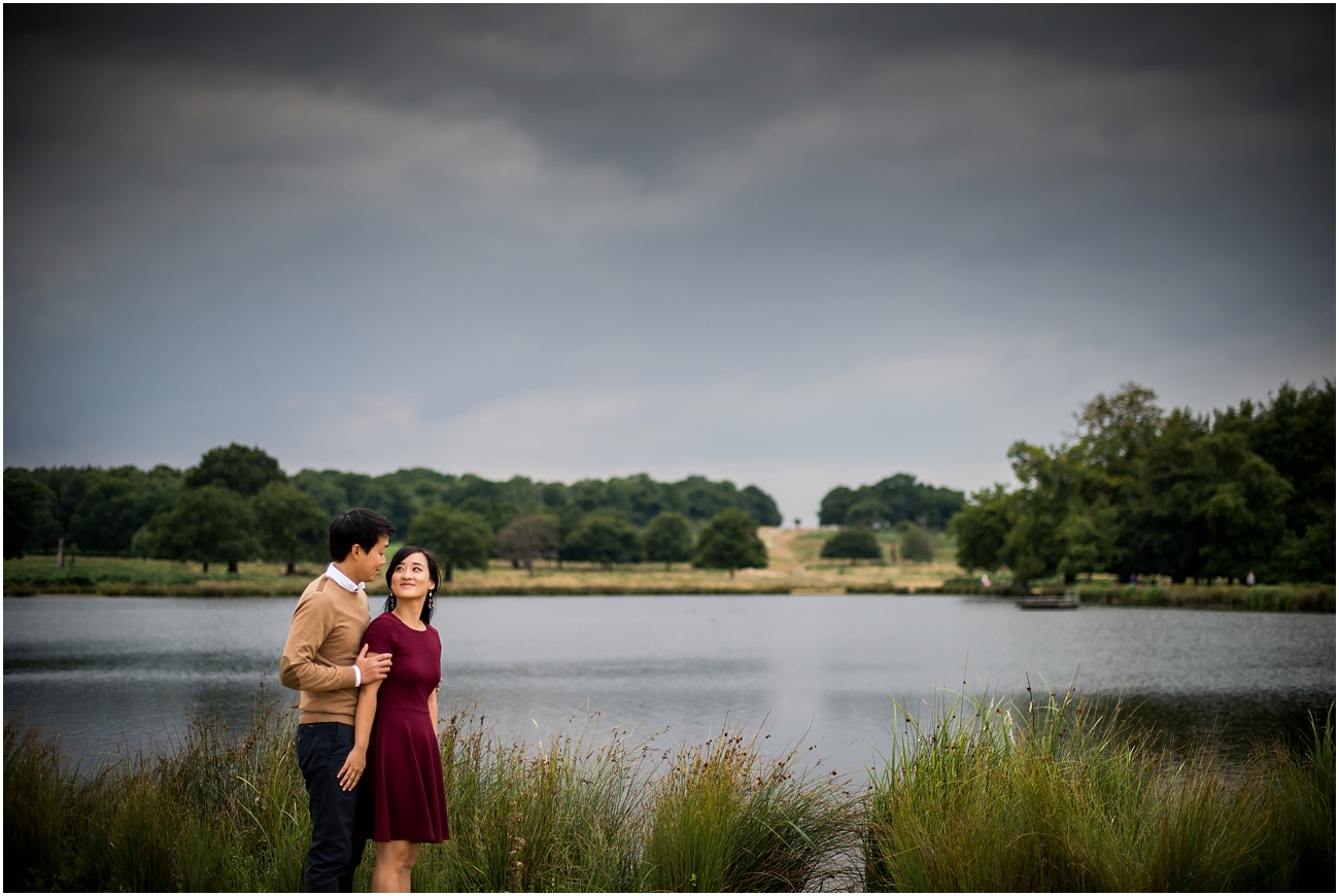 Richmond park for engagement photographs