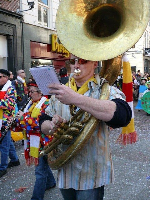 2011-03-06 tm 08 Carnaval in Oeteldonk - P1110667.jpg