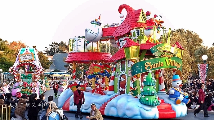 15 迪士尼聖誕村大遊行幸福在這裡夢之光大遊行