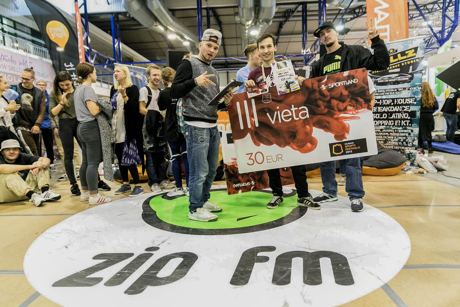ZIPFM šokių kovos (Litexpo paruoda) - zipfmxskillz-1.jpg