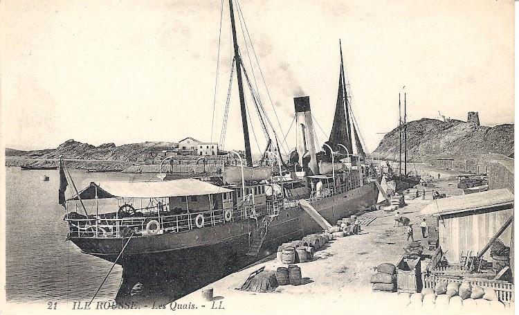 El vapor CYRNOS en Ile Rousse. Fecha indeterminada. Colección Jaume Cifre Sanchez. Nuestro agradecimiento.jpg