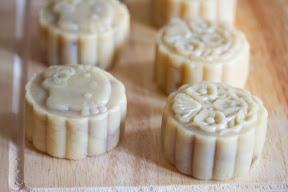 photo of mooncakes ready to bake