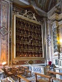 Giovan Domenico Vinaccia and the Reliquaries of the Cappella Ravaschieri in Naples