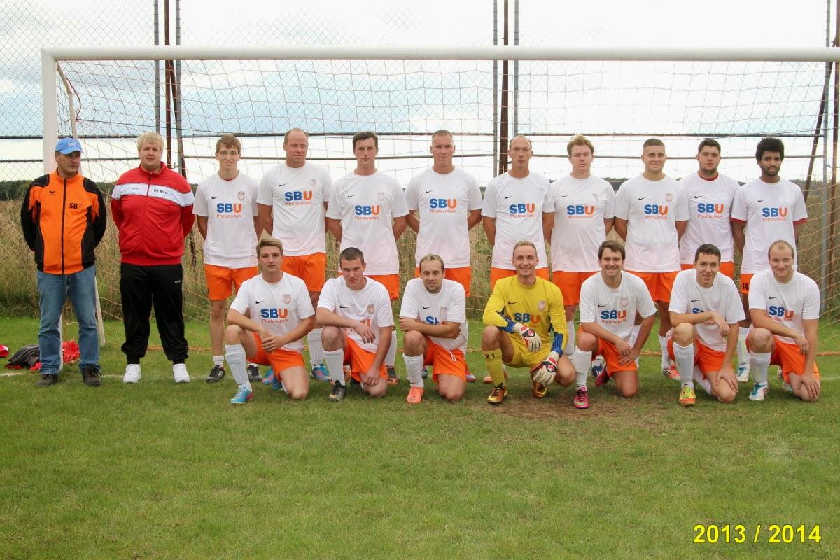 Die Mannschaft 2013/2014 (Horst Mecklenburg für © gemeinde-tantow.de / Tantower SV)