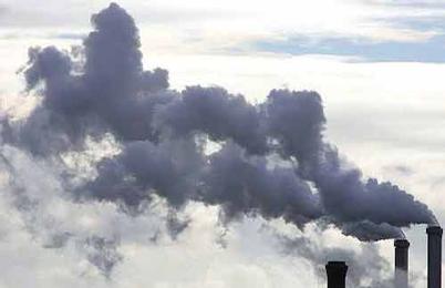 Στην Ελλάδα το ευρωπαϊκό ρεκόρ μείωσης εκπομπών διοξειδίου του άνθρακα
