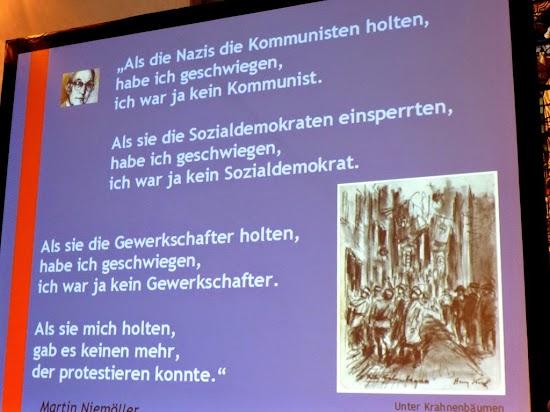 Schrifttafel mit bebildertem Niemöller-Zitat