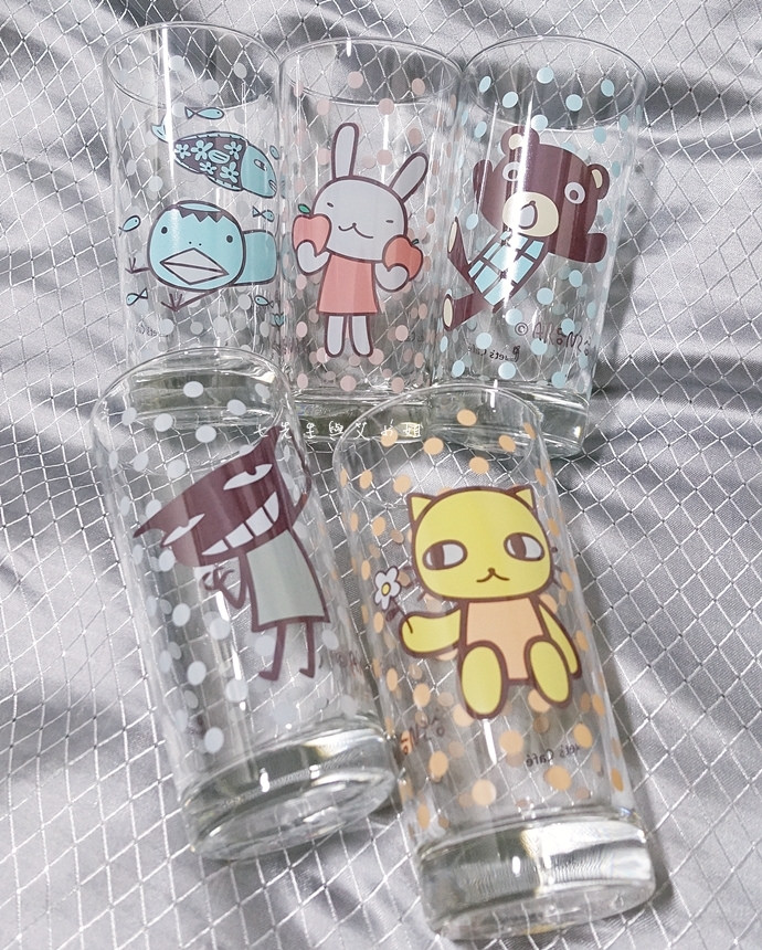 10 全家阿朗基點點玻璃杯絨毛筆