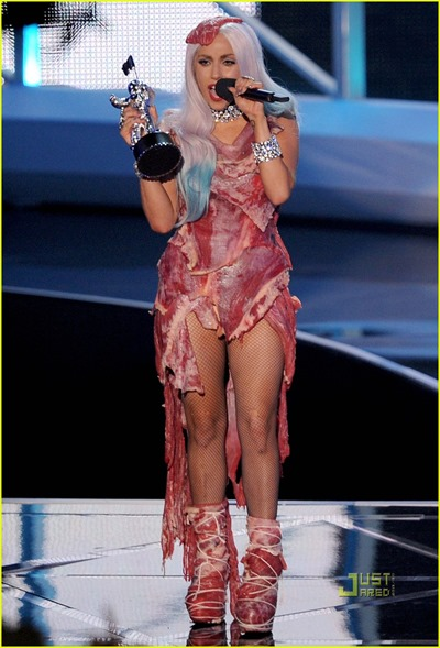 lady-gaga-meat-dress-04