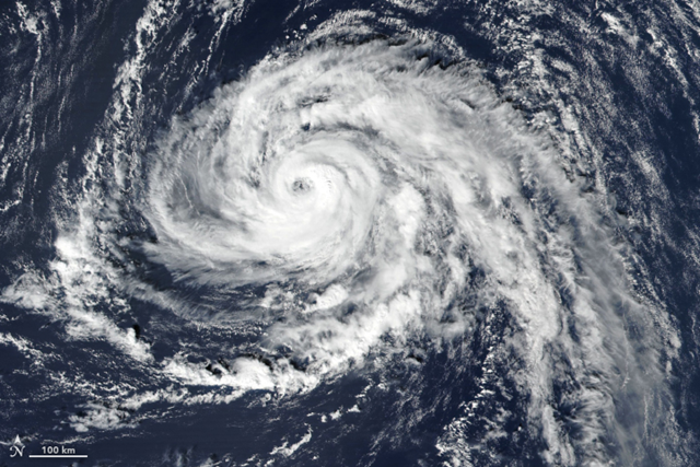 The Visible Infrared Imaging Radiometer Suite (VIIRS) on Suomi NPP captured this image of Hurricane Ophelia approaching the Azores on 13 October 2017. Photo: Joshua Stevens / NASA Earth Observatory