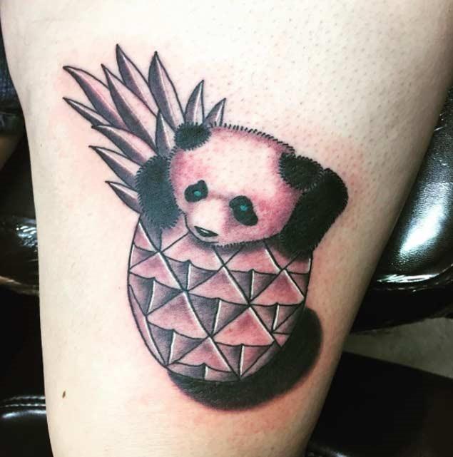 Esta olhos verdes abacaxi panda