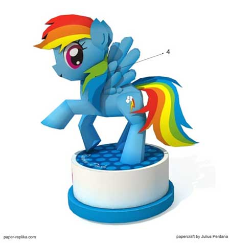My Little Pony Rainbow Dash Papercraft