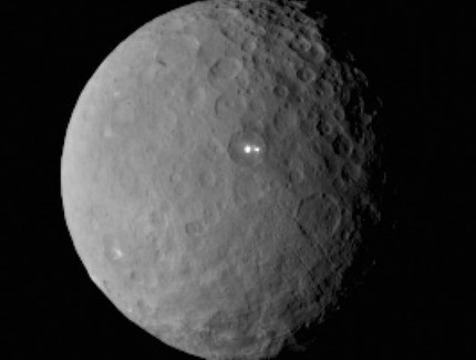 ceres-double-bright-spots-feb19-2015-e1424906144834
