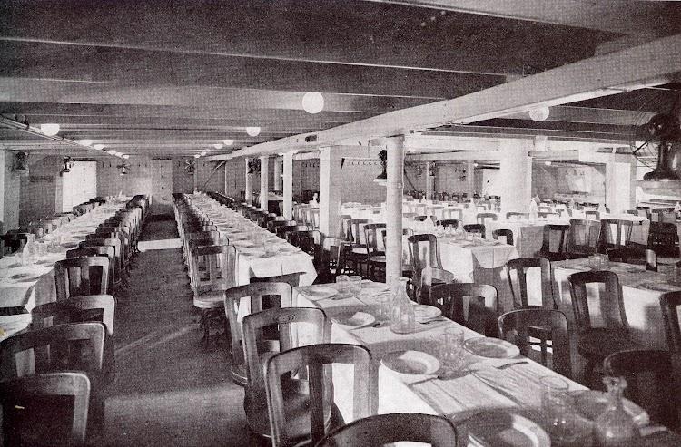 39-INFANTA ISABEL DE BORBON. Comedor de emigrantes. Libro de Información al Pasajero de 1913 - 1914. CTE.jpg