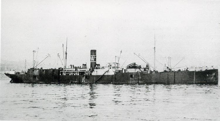 Ria de Vigo. Junio de 1925. El REY ALFONSO fondeado. Revista Chasse Maree. Nº 269.jpg
