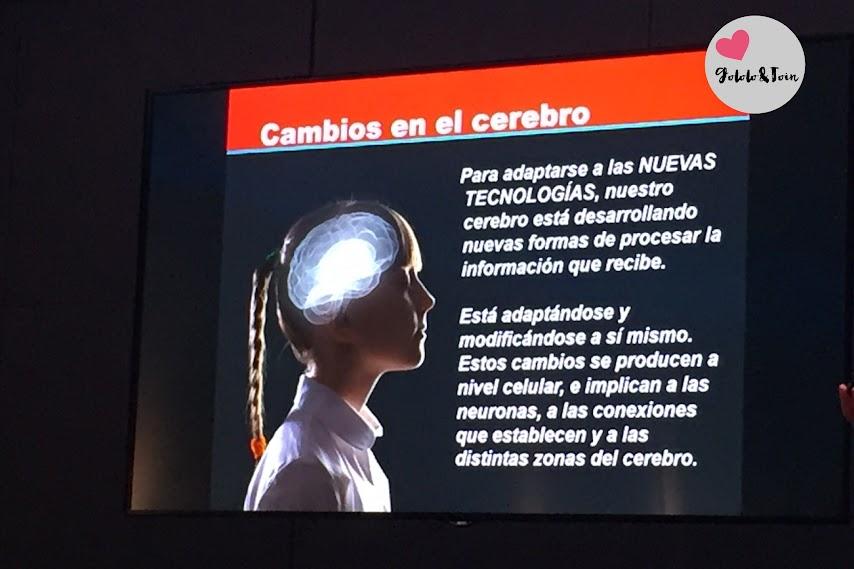 familias-digitales-internet-segura-cambios-cerebrales