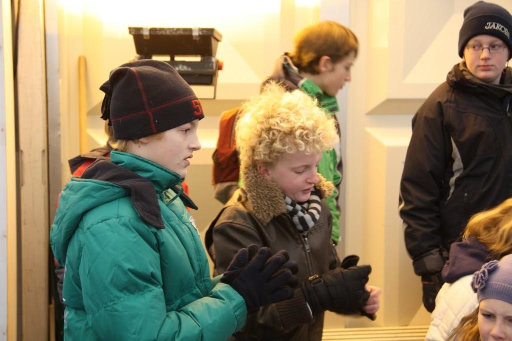 Sinterklaas bij de schaatsbaan - IMG_0283.JPG