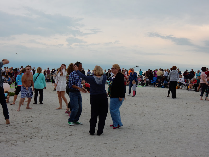 Siesta Key Drum Circle, Sarasota, Travel, Blogger, elisaorigami