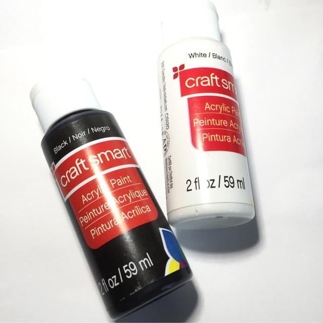 Acrylic Paint VS Nail Polish for Nail Art Details - 25 Sweetpeas