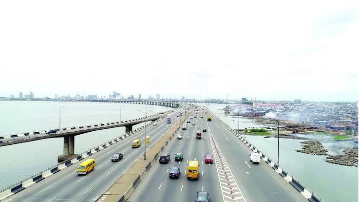 Fashola: Third Mainland Bridge Will Be Totally Reopened This Weekend
