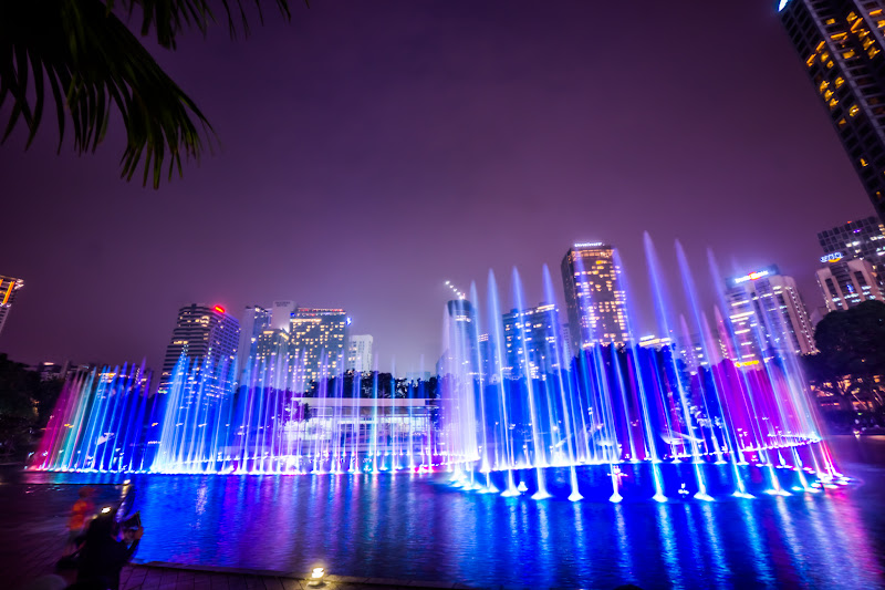 KLCC park fountain show