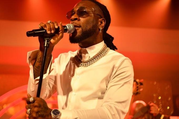 Burna Boy Dedicates BET Hip-Hop Awards Performance To Victims Of SARS Brutality