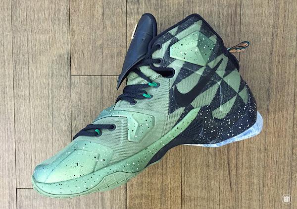 Closer Look at LeBron James 2016 NBA AllStar Game Shoes