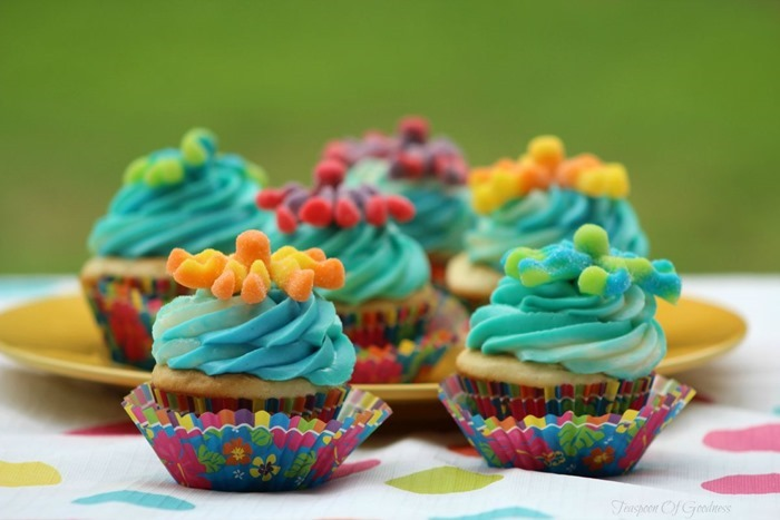 Sour-Octopus-Cupcakes-For-Kids-1