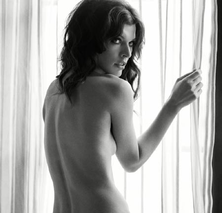 Milla Jovovich Sexy In Interview Magazine:celebrities,find a girl,sex,nipple0