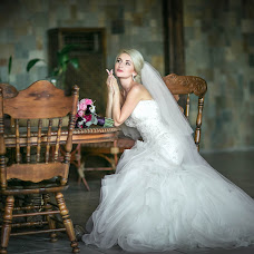 Wedding photographer Alena Molchanova (Alyona08). Photo of 07.04.2016
