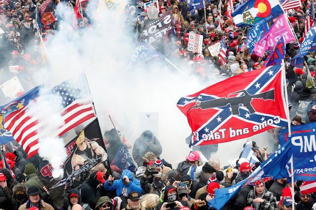 Os protestos e a invasão ao Capitólio marcaram as eleições de 2020 e a história dos Estados Unidos - Reuters/Direitos Reservados©