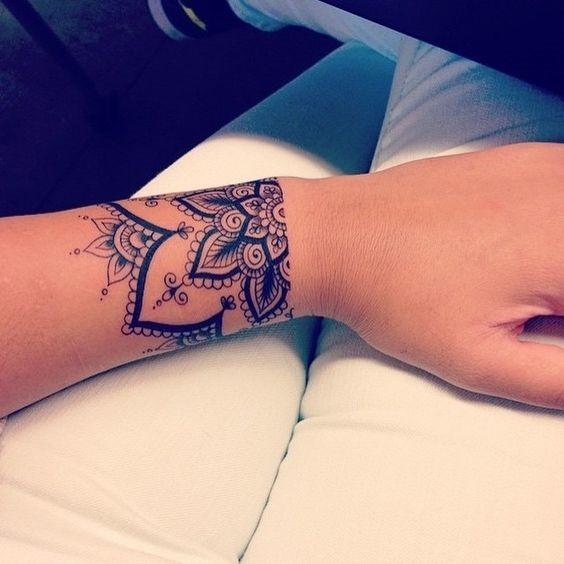 metade_mandala_de_pulso_banda_tatuagem