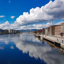 by Anngunn Dårflot - City,  Street & Park  Street Scenes