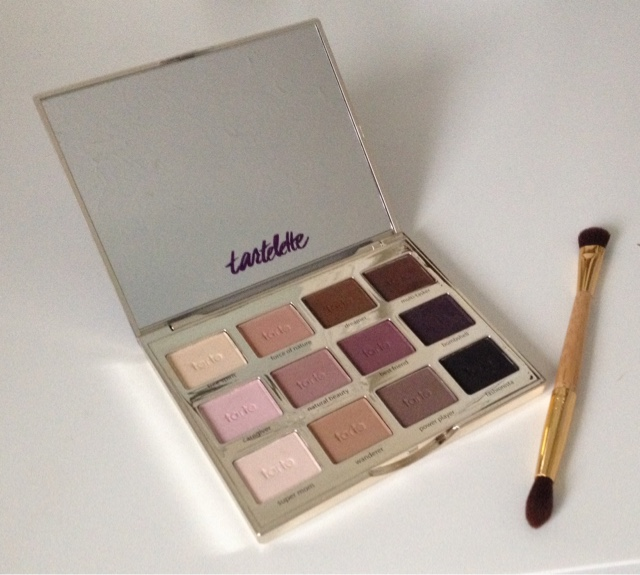 tartelette Amazonian clay eyeshadow palette review
