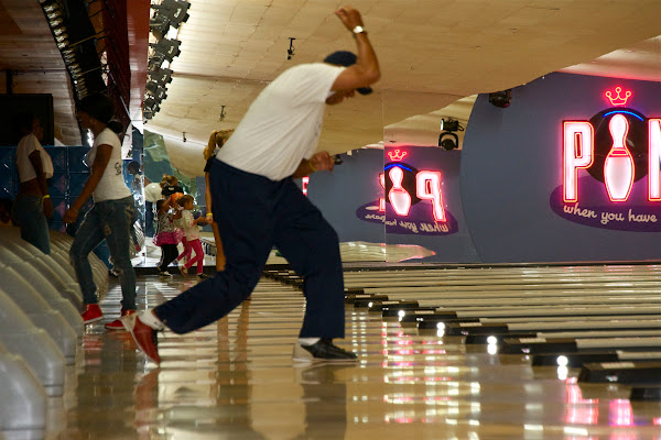 KiKi Shepards 9th Celebrity Bowling Challenge (2012) - IMG_8404.jpg