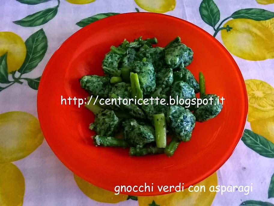 Gnocchi verdi con asparagi
