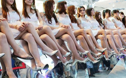 Chiêm ngưỡng dàn chân dài miên man tại Chinajoy 2012 3