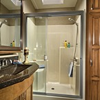 [Cedar_Creek_40CFE2_bathroom1]