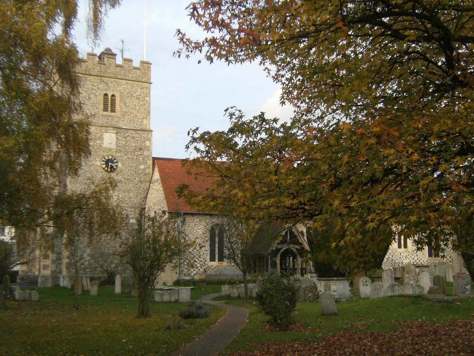 1011040053 Holy Trinity Church, Cookham