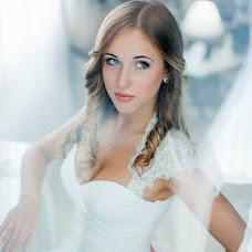 Wedding photographer Ovik Arutyunyan (apack). Photo of 14.12.2013