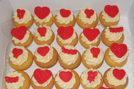 Mini cupcakes hartjes.JPG