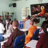 [T&C-016] Thầy tiếp đoàn Ninh Bình và quý tu sinh, ngày 04/07/2009