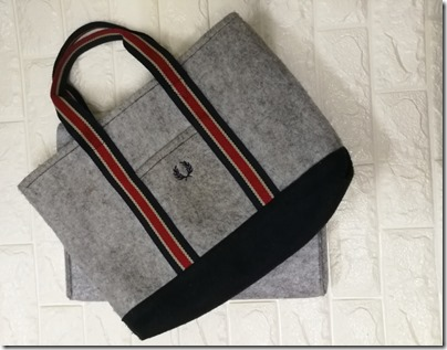 Matching felt tote from Fred Perry