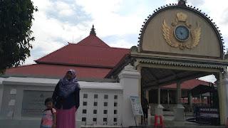 Area Masuk Masjid Gedhe Kauman