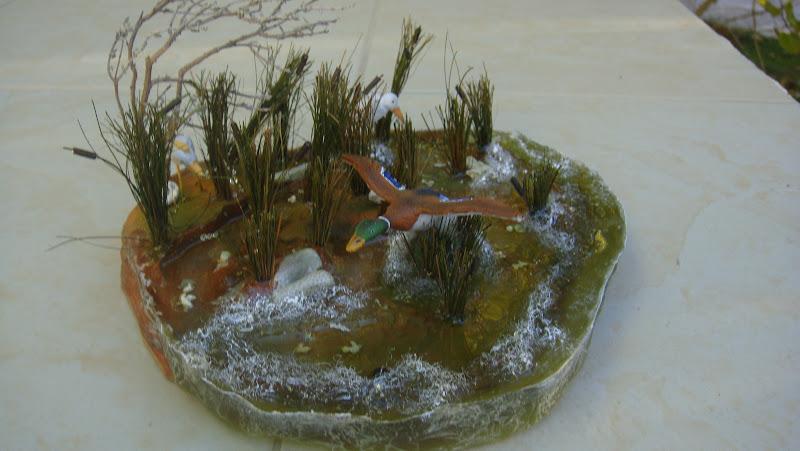 Les santons de bernard et liliane sauvat un d cor de canard coin coin - Canard decoration accessoire ...