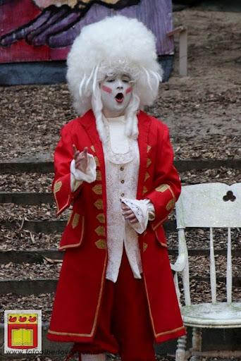 Alice in Wonderland, door Het Overloons Toneel 02-06-2012 (40).JPG