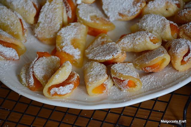 Serowe ciasteczka z morelami
