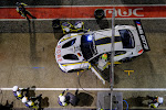 racewagen in de pits: bandenwissel